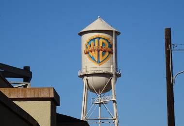 Warner Bros Harley Quinn