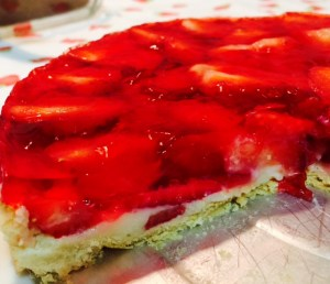 Torta de Morango com Gelatina Bake and Cake