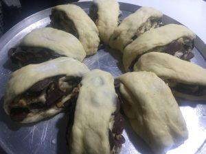Rosca de Páscoa em pedaços - Nozes e Chocolate - como fazer