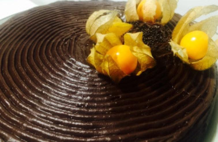 Torta Sacher @bakeandcakebr
