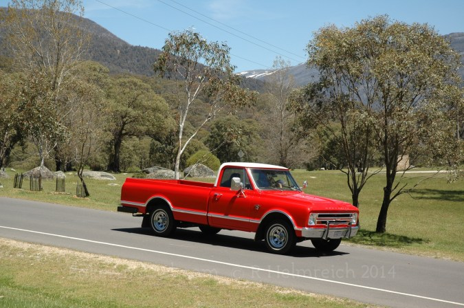 Keith, the driver is nearly 91 and only drove to Bombala. His son Ian, drove the rest of the way. He bought the car about 2 years old in about 1964 and it served as the family car for many years. By the time they got home on Saturday, there was no going back – It had lost reverse gear.