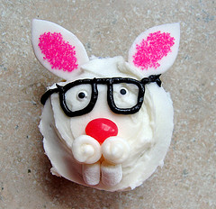 F Easter Cupcakes