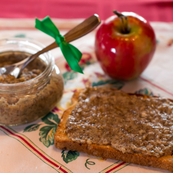 Chia Apple Spread Recipe from I Like Toast