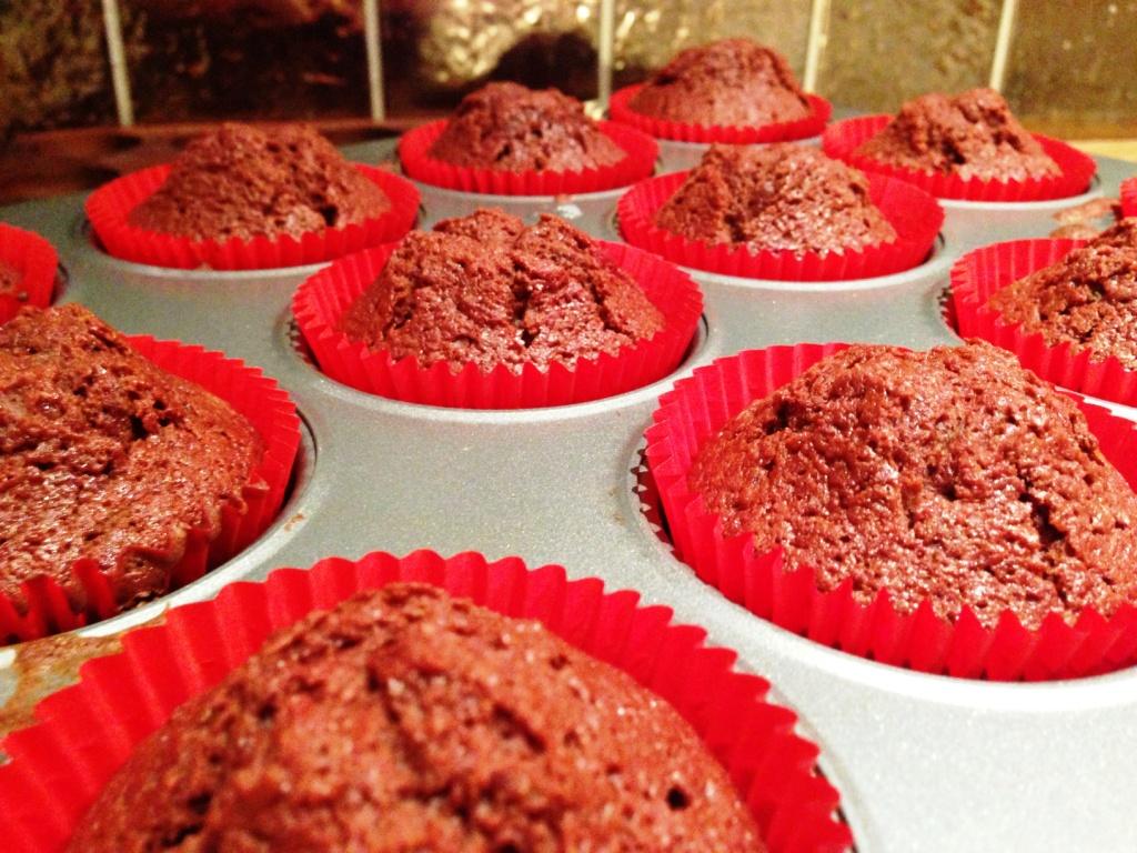 Red Velvet Amp Chocolate Reindeer Cupcakes