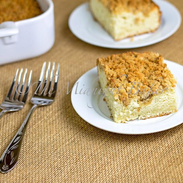 Old Fashioned Crumb Cake