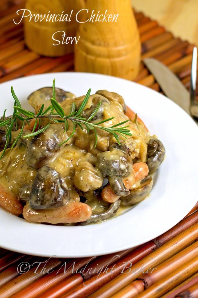 Provincial Chicken Stew   bakeatmidnite.com   #coqauvin #chickenstew