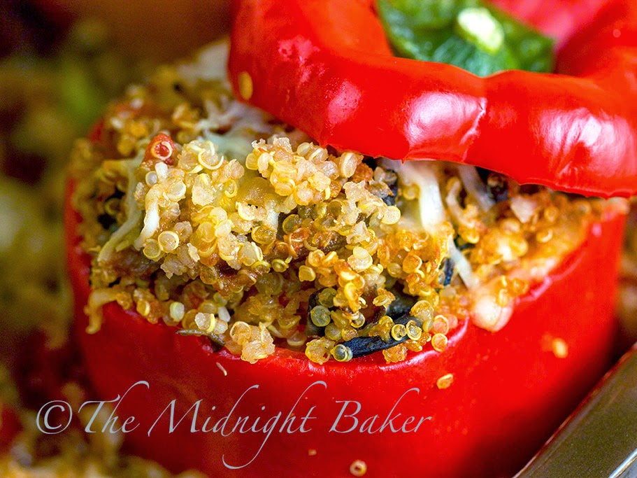 Quinoa Stuffed Peppers #StuffedPeppers #quinoa #meatless #vegan #vegetarian