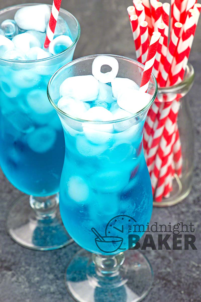 Ocean water is one of Sonic's ,ost popular drinks. This is a great copycat recope