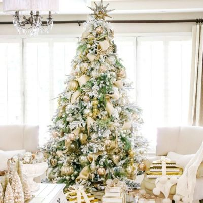 10 Fabulous Christmas Tree Ideas