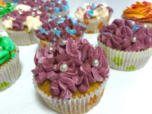 Cupcake decoration 2
