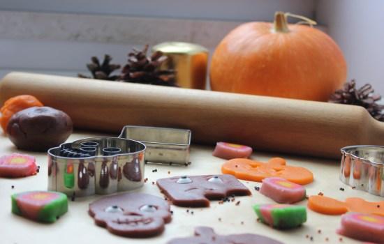 Biskota të frikshme për Halloween të bëra në shtëpi