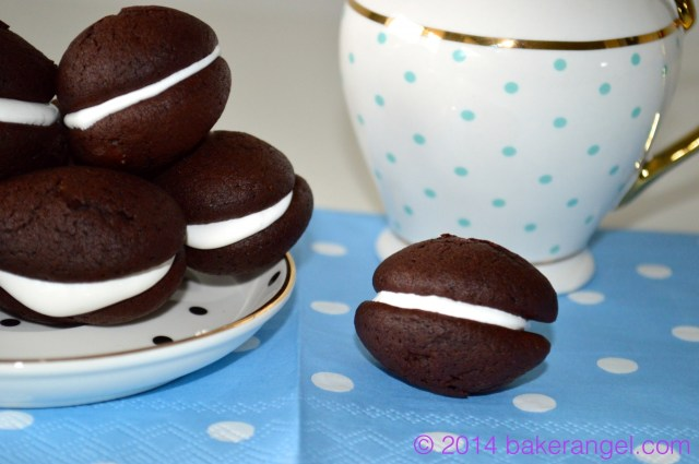 Whoopies by bakerangel.com