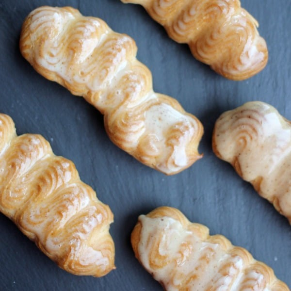 homemade-eclairs-square