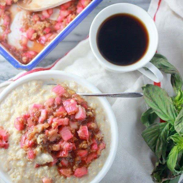 orange-basil-rhubarb-oatmeal-square