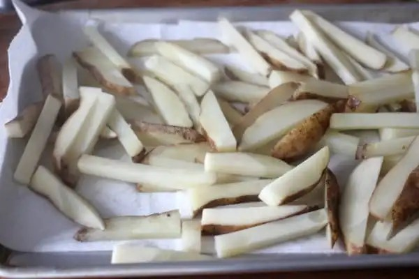 How to Make the Crispiest Oven Baked Fries- Baker Bettie