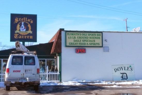 Stella's Black Dog Tavern Plymouth MI