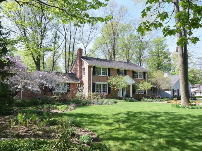 1471 Woodland Place