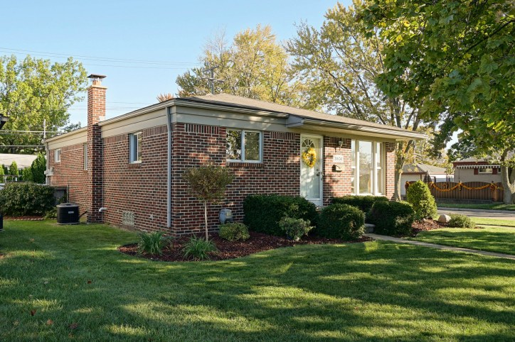 3 Bedroom Brick Ranch