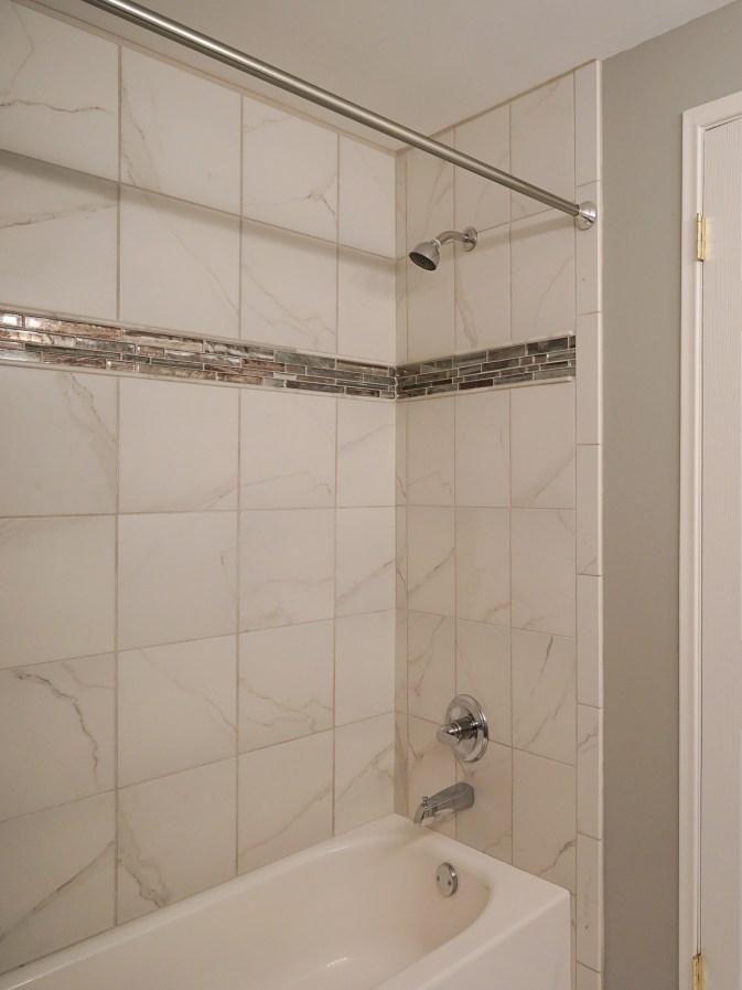 Hall Bath w New shower & tile