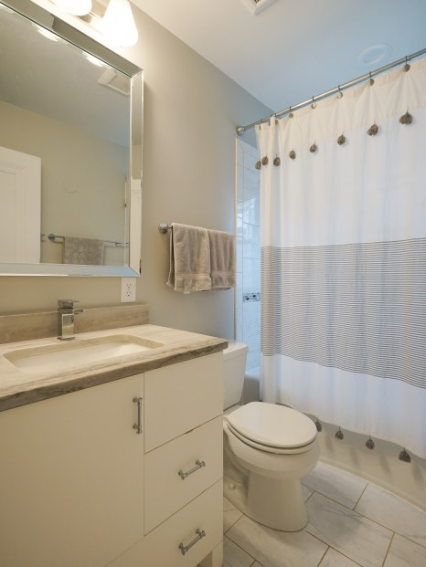 Full Bath Main Floor