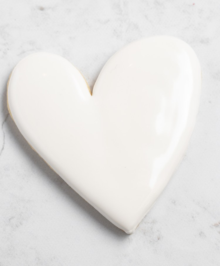 Royal Icing heart cookie
