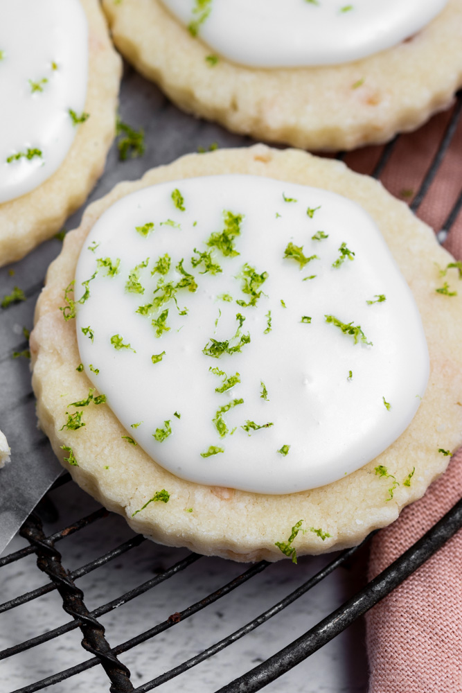 close up of coconut lime cookie