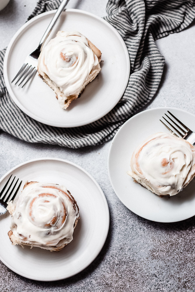 cinnamon rolls recipe with cream cheese frosting