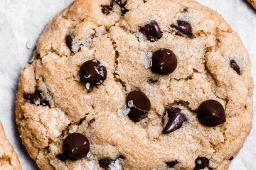 thick and chewy chocolate chip cookie