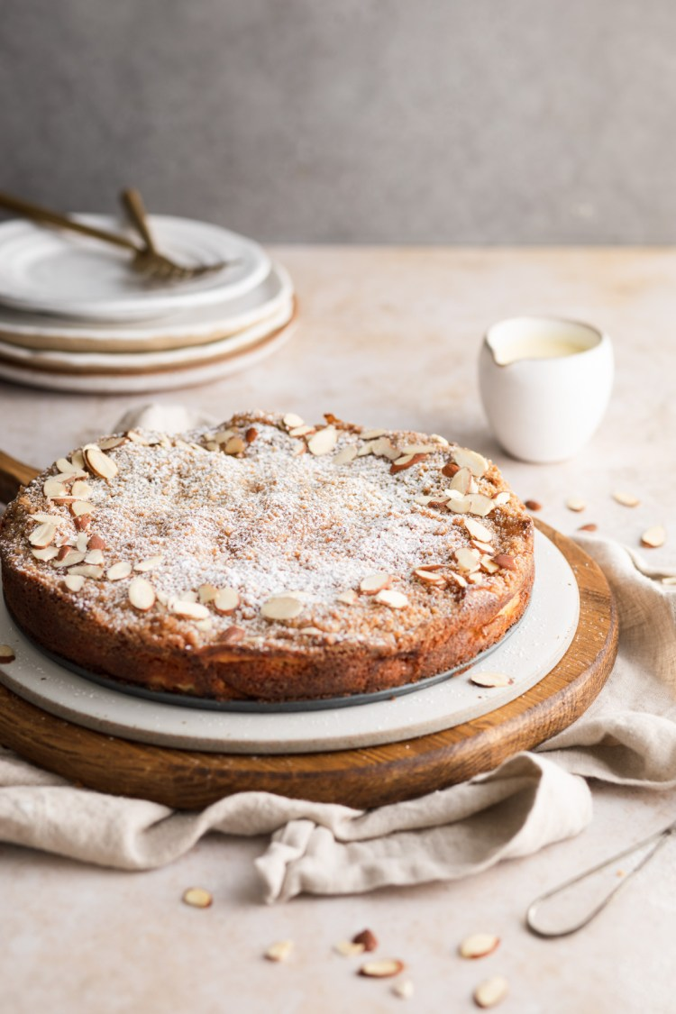 French apple cake with cinnamon crumble