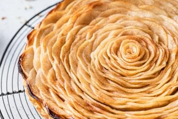 french apple tart with frangipane (almond cream)