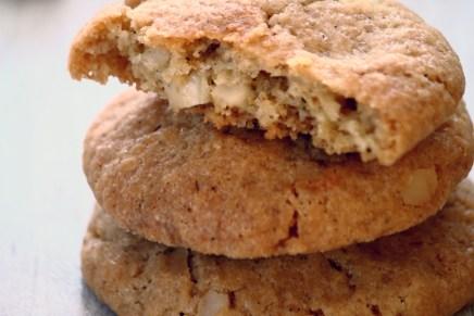 עוגיות שוקולד צ'יפס לבן ומקדמיה