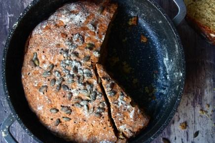 לחם סודה אגוזים