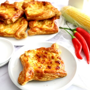 דניש תירס, גבינות וצ'ילי