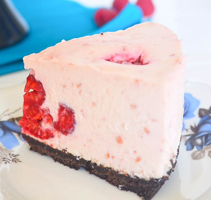 Raspberry and White Chocolate No Bake Cheesecake