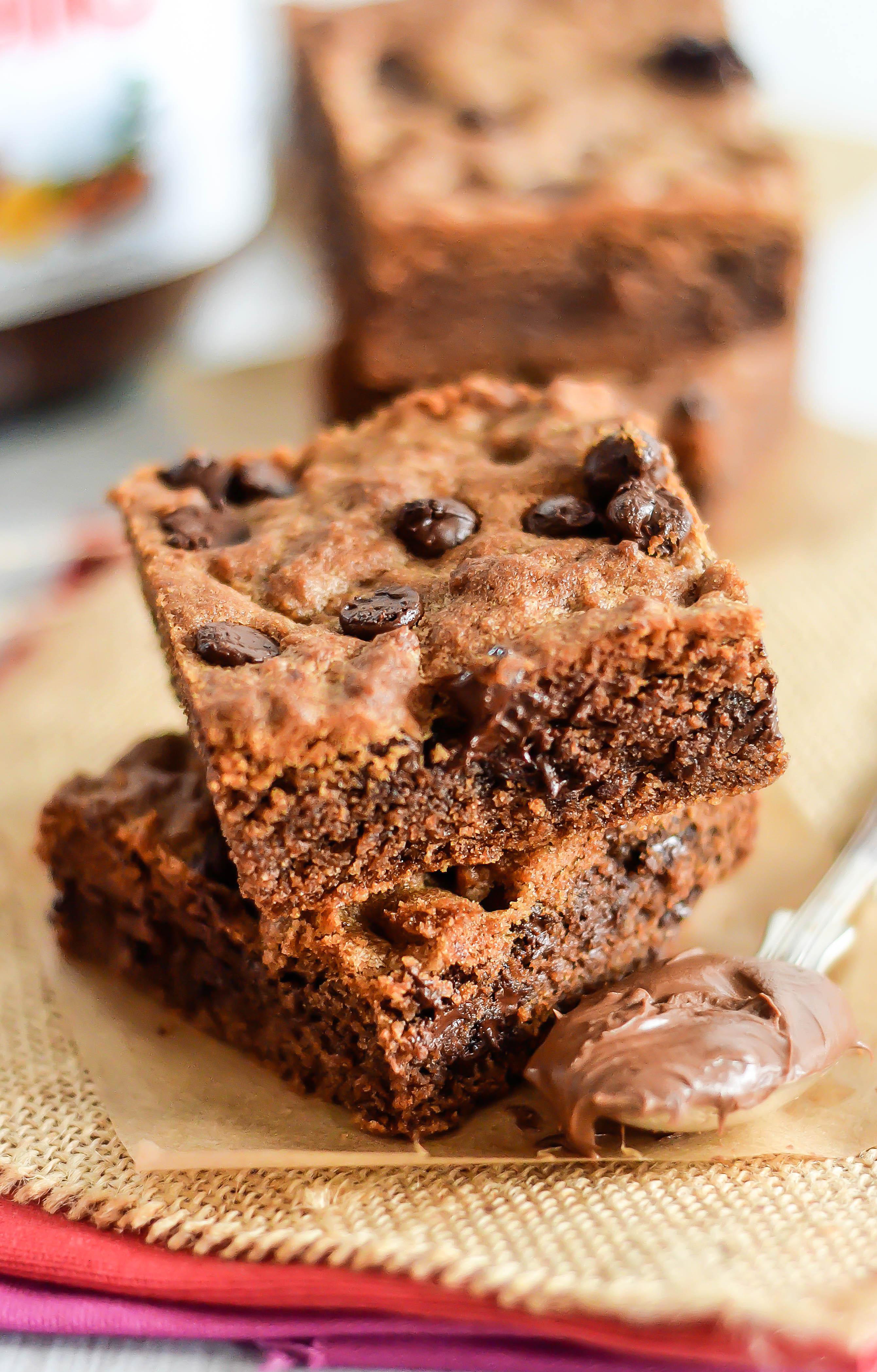 Soft Gooey Nutella Cookie Bars