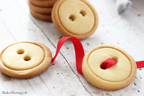 Biscotti bottone senza burro