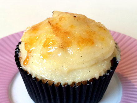 Crème Brûlée Cupcakes | Bake to the roots