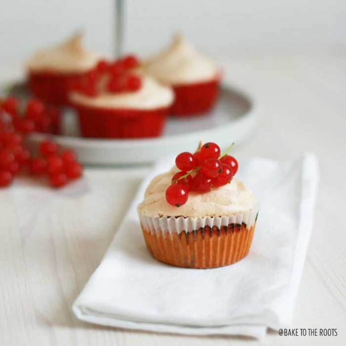 Red Currant Meringue Cupcakes   Bake to the roots