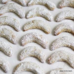 Vanillekipferl Aka Vanilla Crescent Cookies
