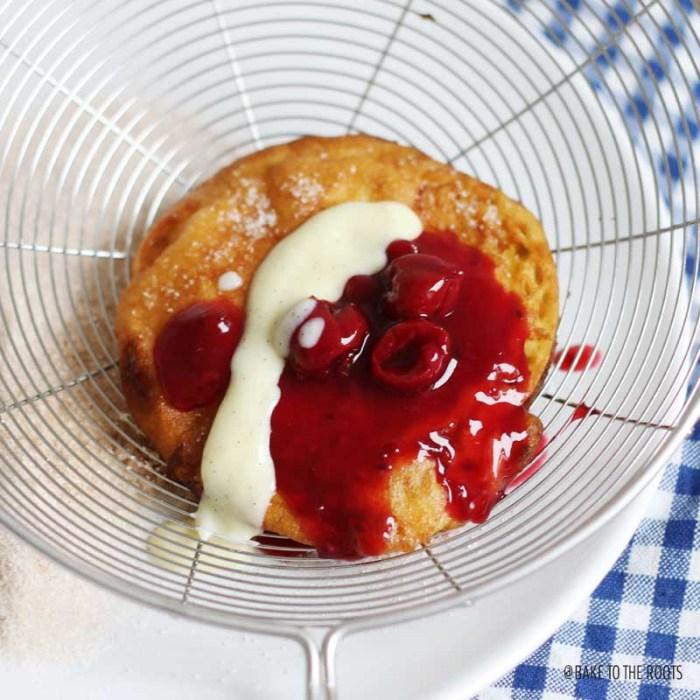 Schwäbische Apfelküchle mit Vanillesoße aka. Apple Fritters | Bake to the roots