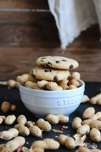 Peanut Butter Chocolate Chip Cookies | Bake to the roots