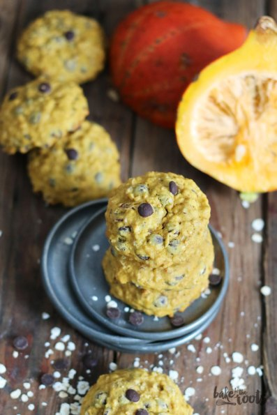 Pumpkin Oats Chocolate Chip Cookies | Bake to the roots