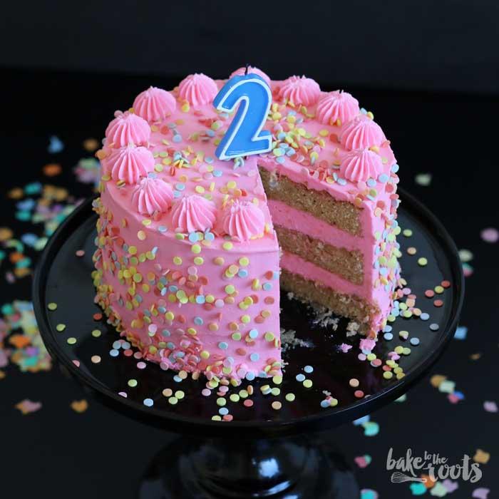 Birthday Cake With Marzipan Happy Birthday Knusperstbchen Bake