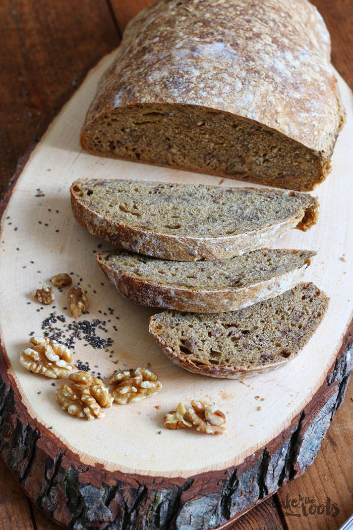 Walnuss Chia Dinkelbrot | Bake to the roots
