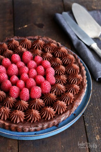 Raspberry Chocolate Tart | Bake to the roots