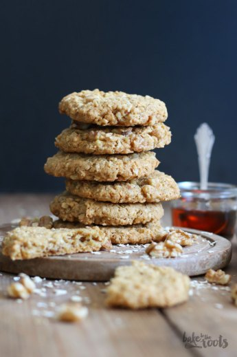 Maple Walnut Oatmeal Cookies | Bake to the roots