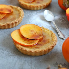 Caramel Tartlets with Persimon | Bake to the roots