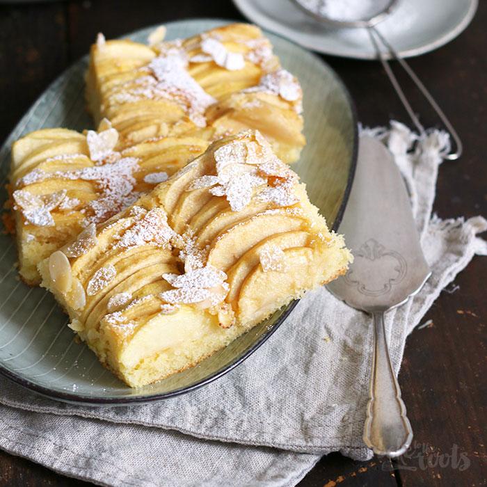 Einfacher Apfelkuchen Vom Blech Bake To The Roots