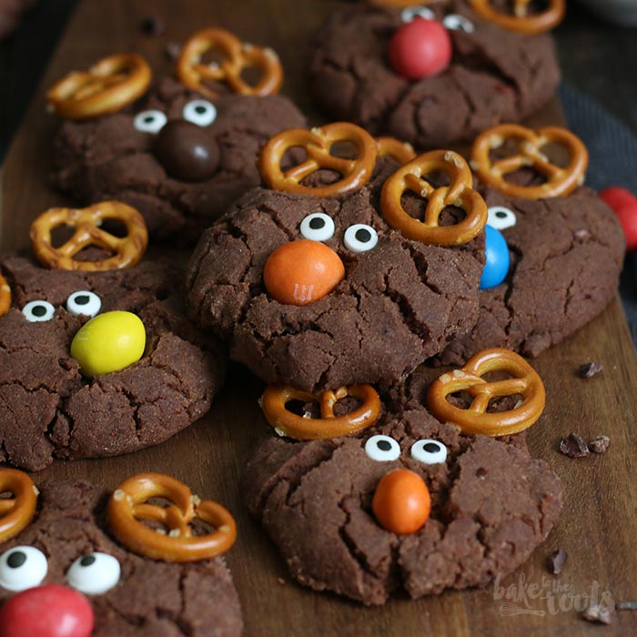 Double Chocolate Speculoos Reindeer Cookies | Bake to the roots