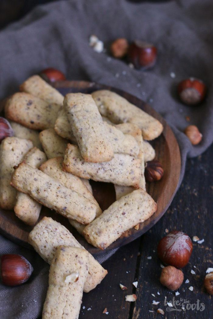Schweizer Nussstängeli | Bake to the roots